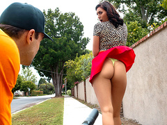 Leaf Blow Him Featuring Bella Rolland – Reality Kings HD