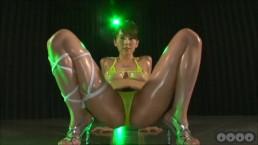 Yui Hatano Oily Bikini Dance